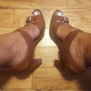 strappy leather heels